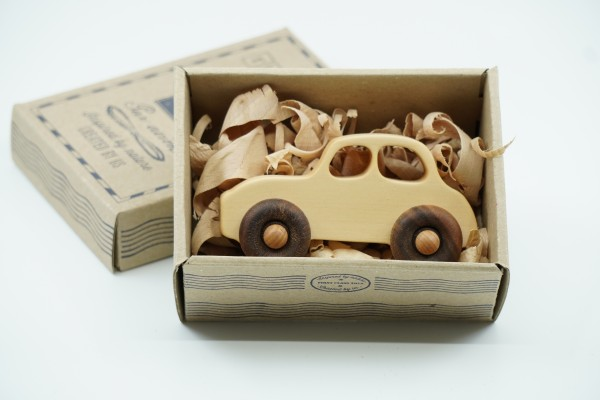 "Wooden Story Auto zum Greifen, ""50s Car"" Holz natur"